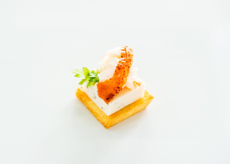 チキンムースとオマール海老の アメリケーヌソース