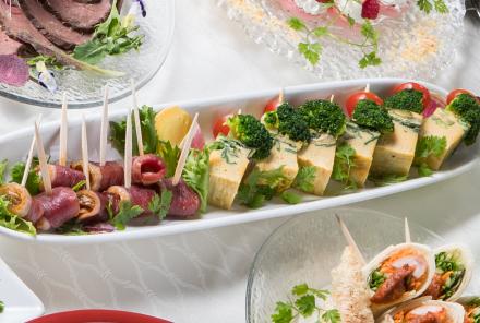フランス産バルバリー鴨の生ハム& イタリア風オムレツのピンチョス
